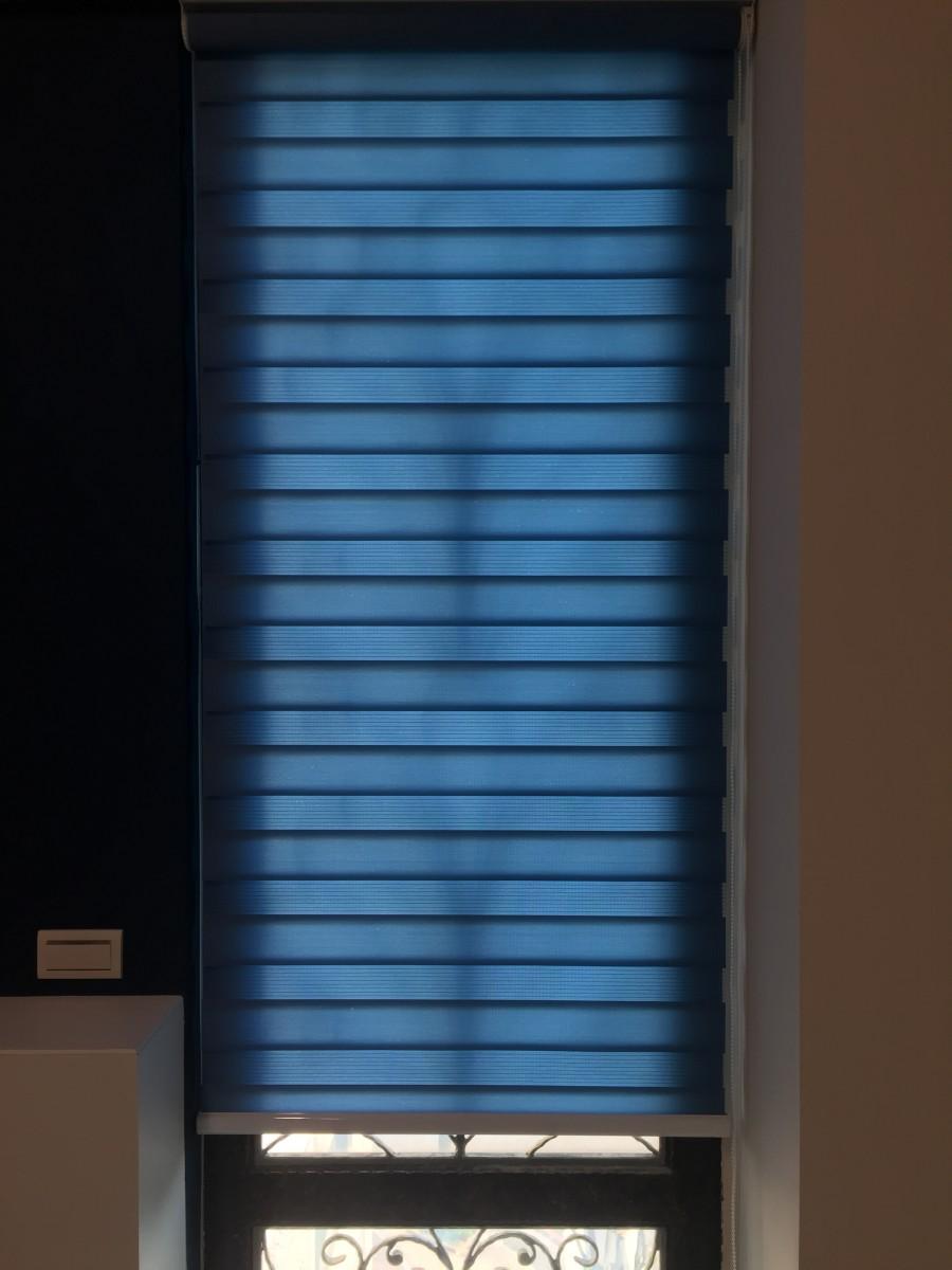 青埔豪華透天別墅_主臥室側面採光窗