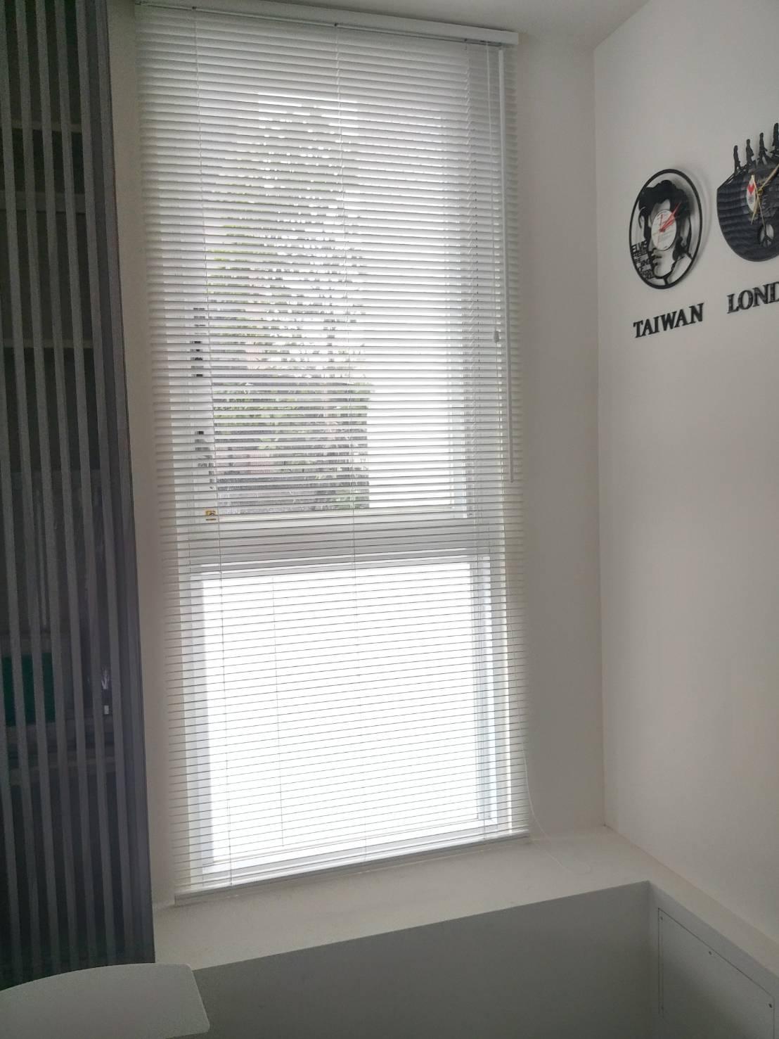 龜山整棟出租套房_走廊通風採光窗